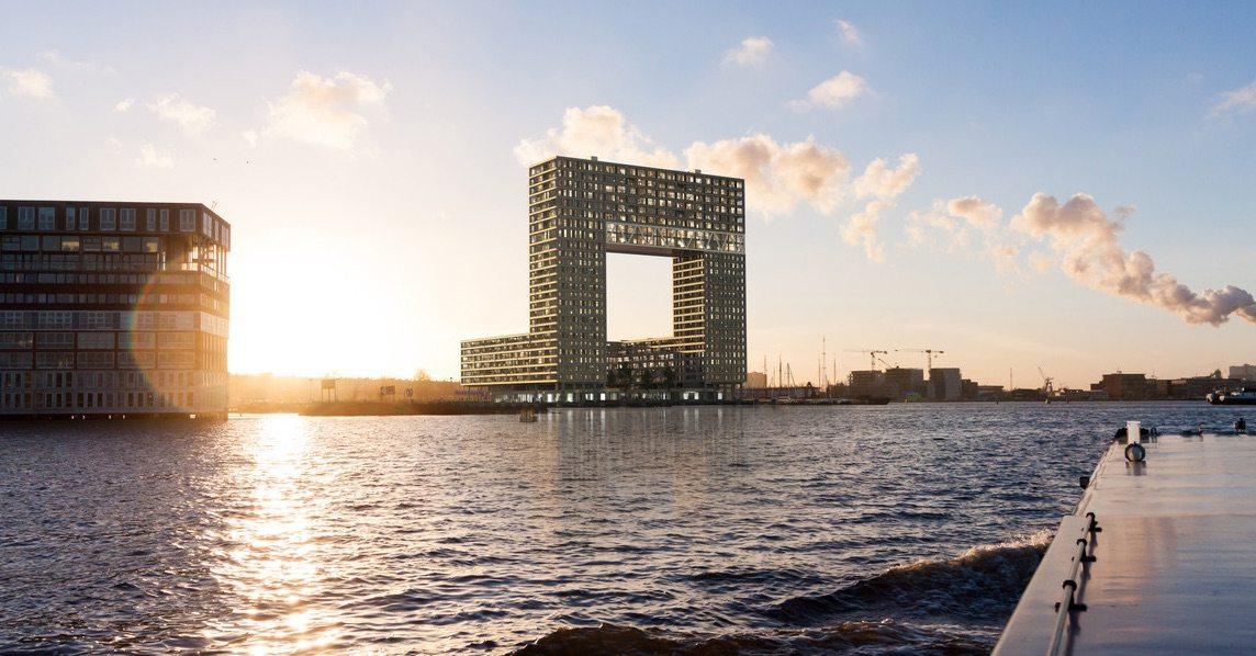 Luxe kamer in Amsterdam met zicht op het IJ