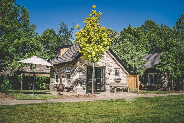 Luxe tiny house in prachtige groene omgeving