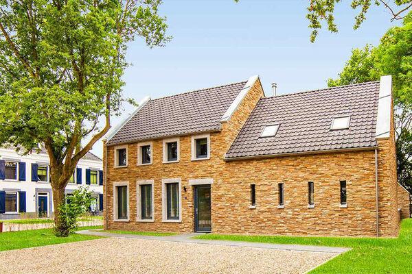 Groot vakantiehuis (20 pers) in Limburg
