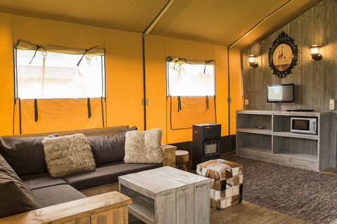 Avontuurlijk kamperen in een safaritent