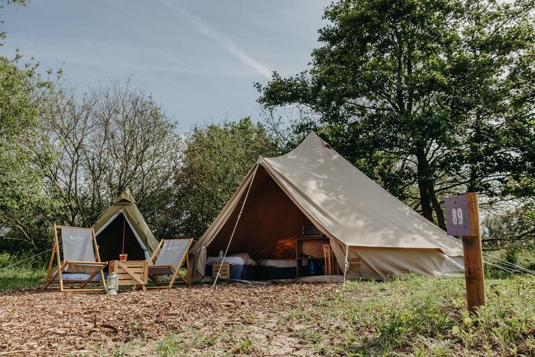 Vakantie in Nederland in 2 luxe tenten