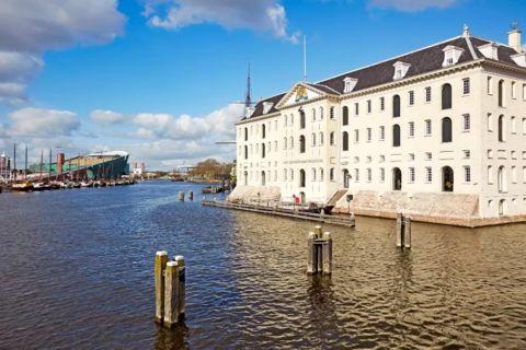 Karaktervol burgwachtershuisje in Amsterdam