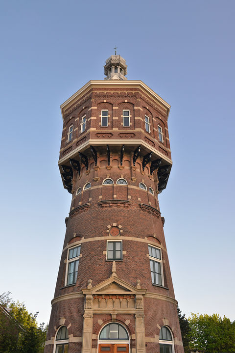 Imposante watertoren in Zeeland