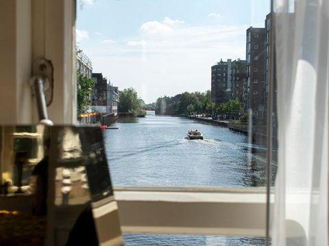 Slapen in een brugwachtershuisje in Amsterdam