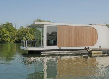 Een luxe houseboat met uniek uitzicht