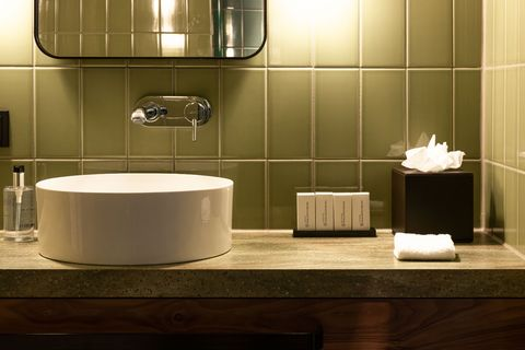 Luxe suite in Amsterdams boutique hotel