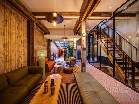 Uniek Amsterdams hotel in een oude houthandel