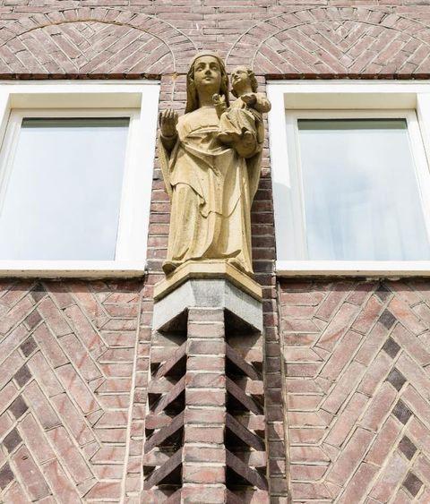 Slapen in een voormalig klooster (Den Bosch)