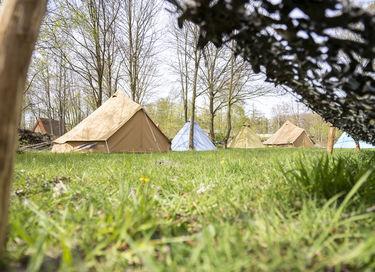 Avontuurlijke vakantie op oude legerbasis