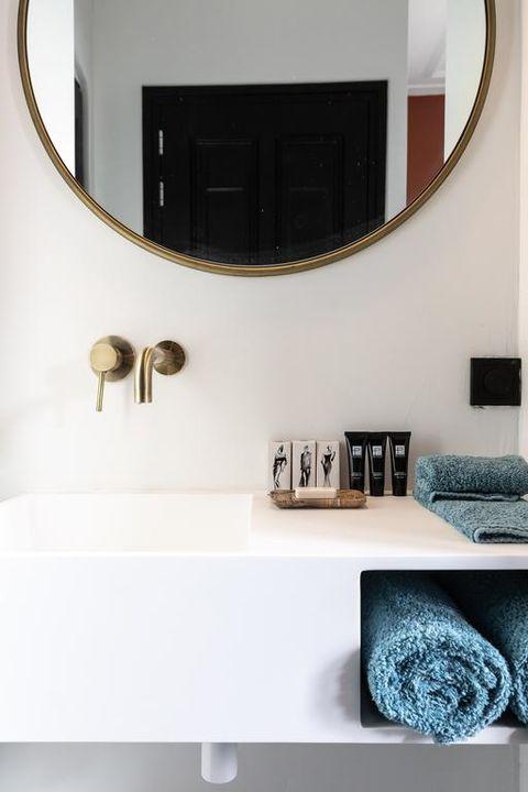 Romantische kamer met bad in boutique hotel
