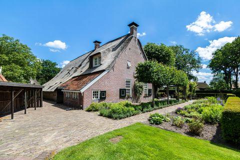 Sfeervol appartement in boerderij uit 1762
