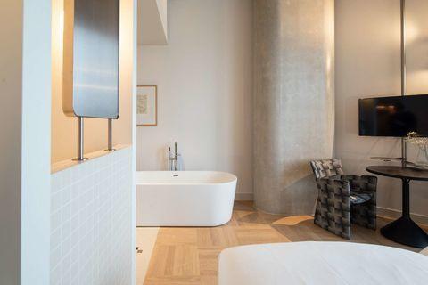 Liefdes arrangement in Amsterdams hotel
